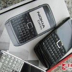 nokia-e71-black-and-white-front