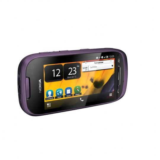 Nokia701_1-540x540