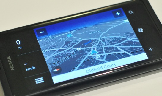 Nokia Lumia 800 FA review3