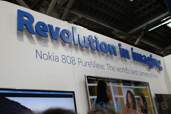 nokia-808-pureview-3386