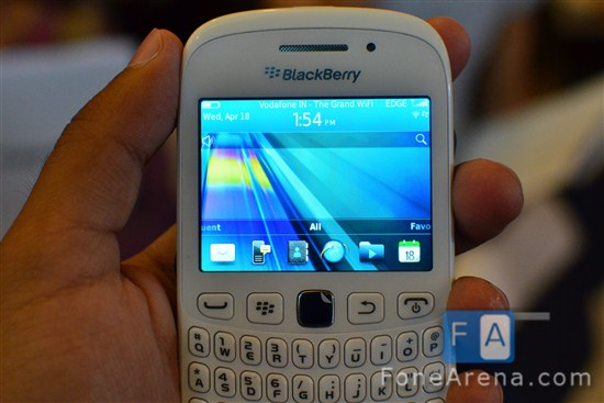 Blackberry-Curve-9220-9