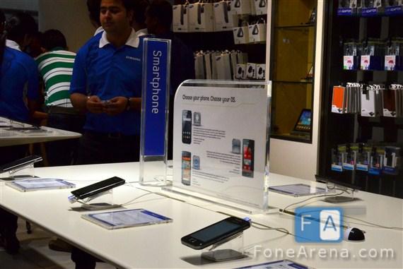Samsung-Store-Delhi-4