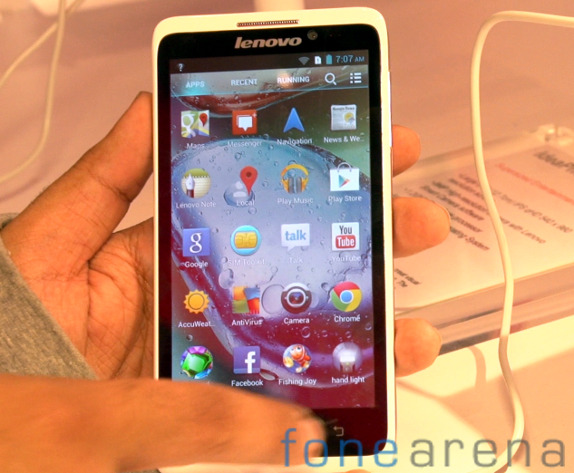 Lenovo IdeaPhone S890 hands-on