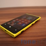 Nokia Lumia 920 yellow 03