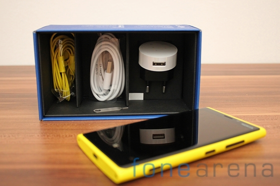 Nokia Lumia 920 yellow 13