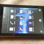 Sony Xperia E dual Unboxing-23