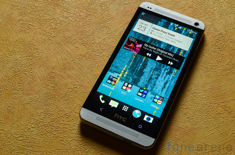 HTC-One-1-3
