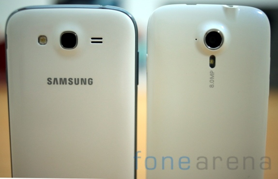 Samsung Galaxy Grand Duos vs Micromax Canvas HD-14