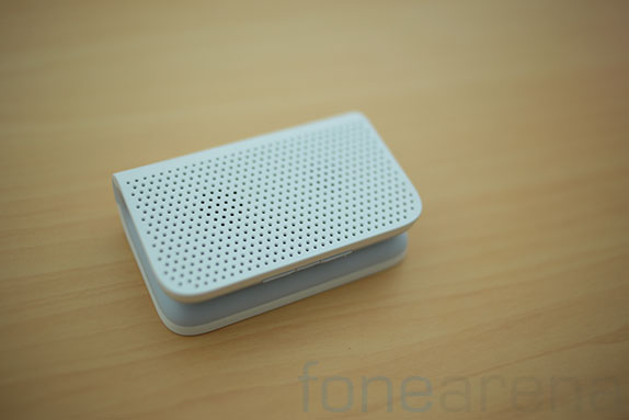 blackberry-mini-stereo-speakers-8