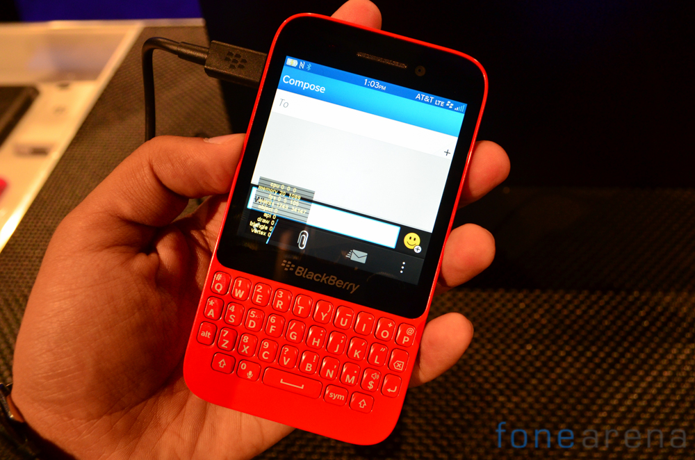BlackBerry-Q5-Live-1-2