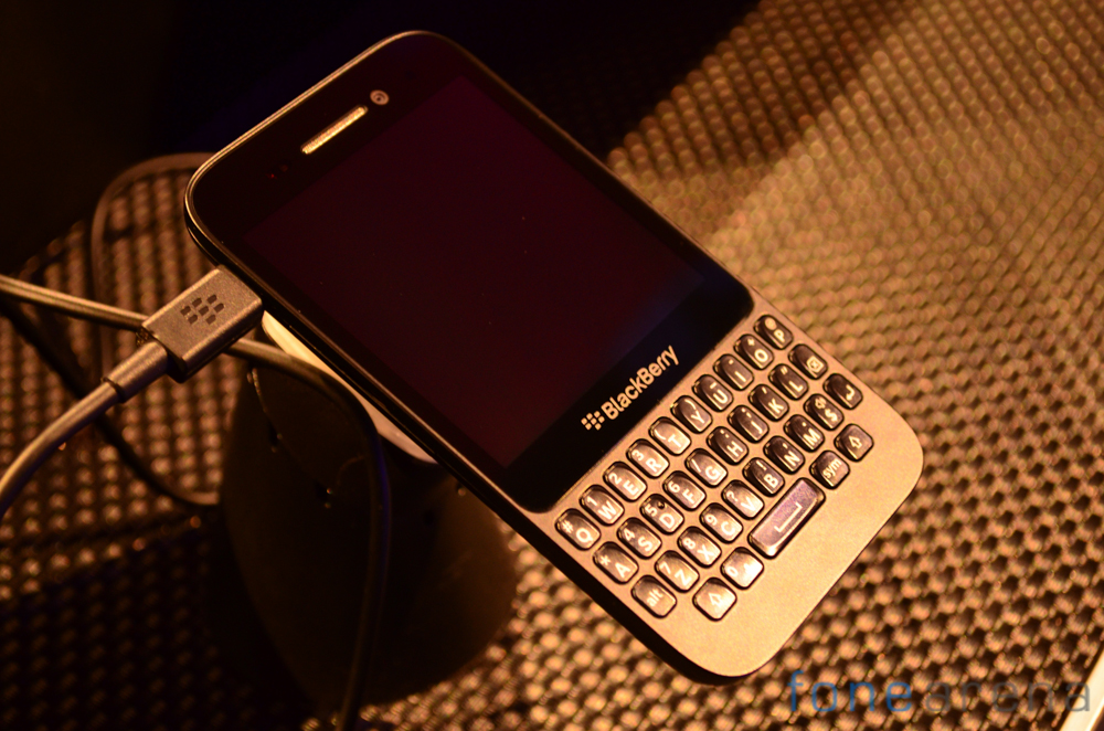 BlackBerry-Q5-Live-4