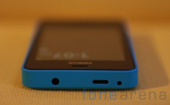 http://images.fonearena.com/blog/wp-content/uploads/2013/05/Nokia-Asha-501-17.jpg