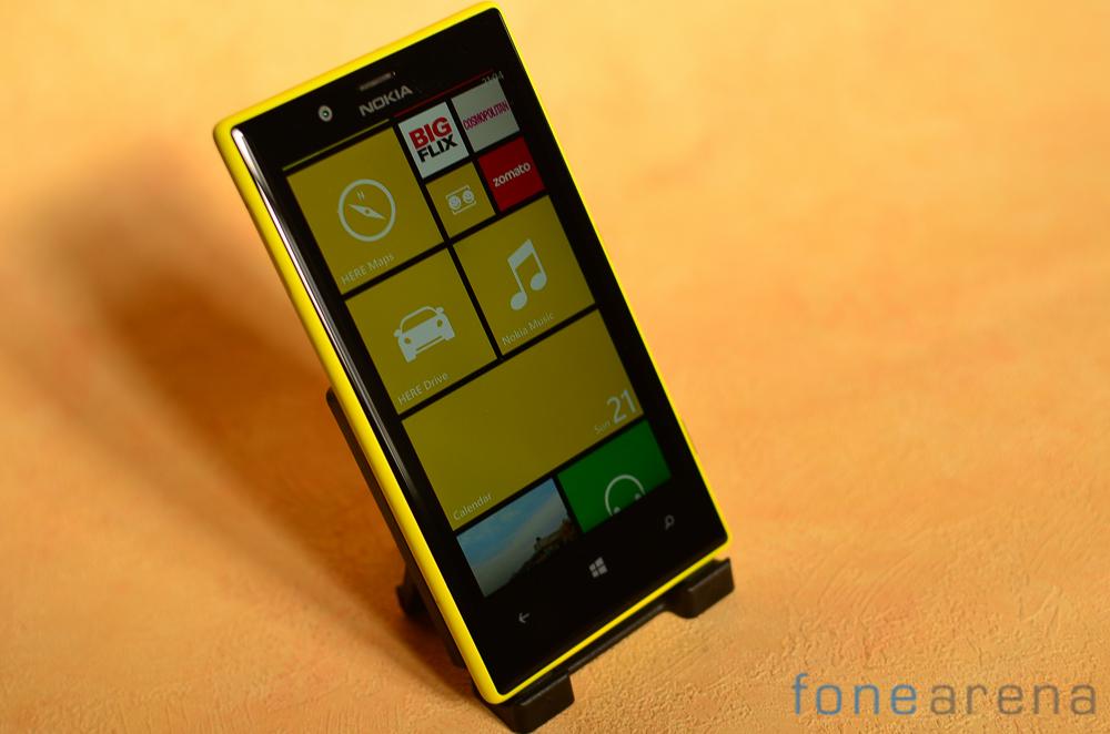 Nokia-Lumia-720-1