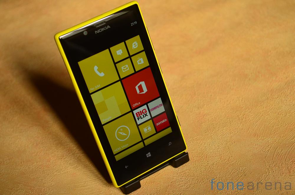 Nokia-Lumia-720-11