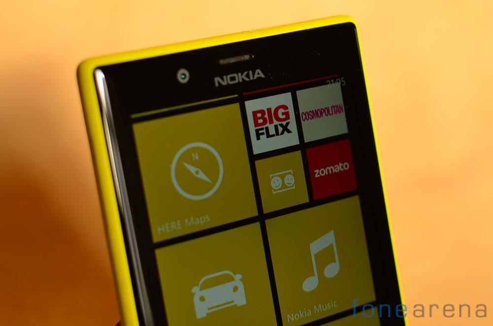 Nokia-Lumia-720-2