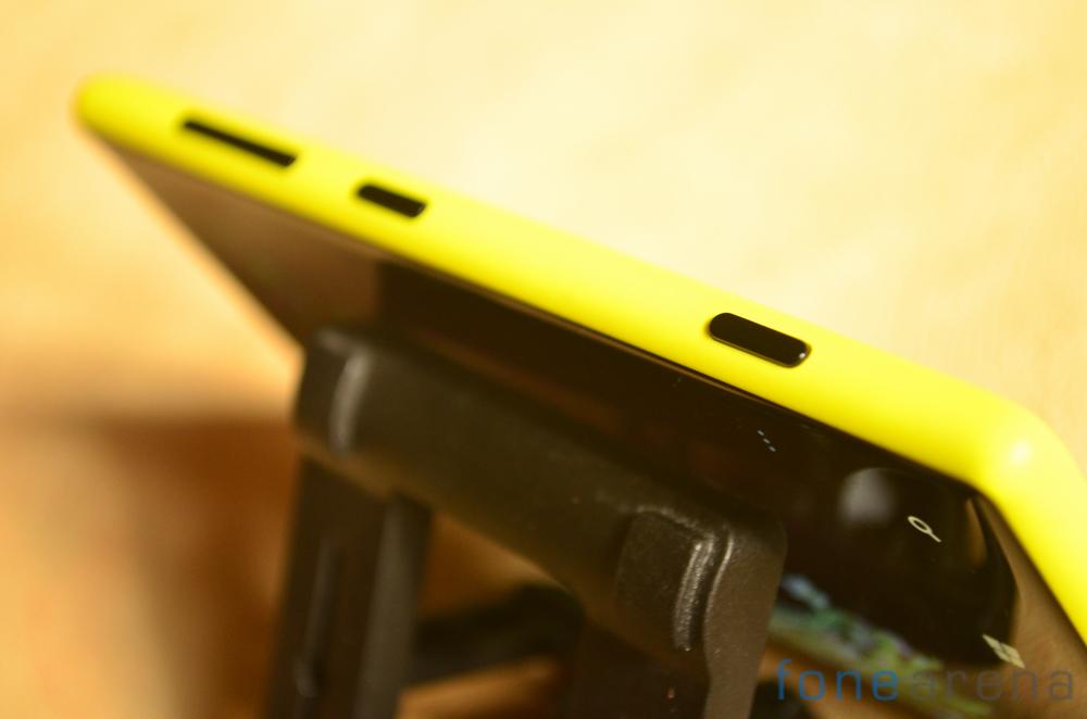 Nokia-Lumia-720-5