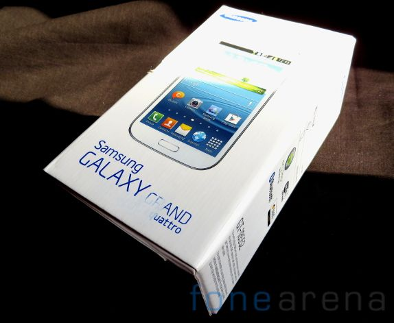 Samsung Galaxy Grand Quattro Unboxing-9