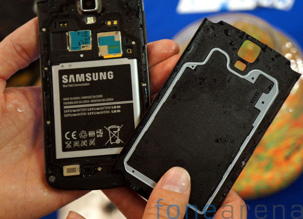 Samsung Galaxy S4 Active AT&T Hands On-3
