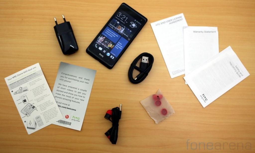 HTC Desire 600 Dual SIM Unboxing-13