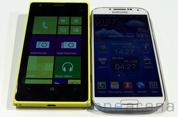 Nokia Lumia 1020 vs Samsung Galaxy S4 Hands on