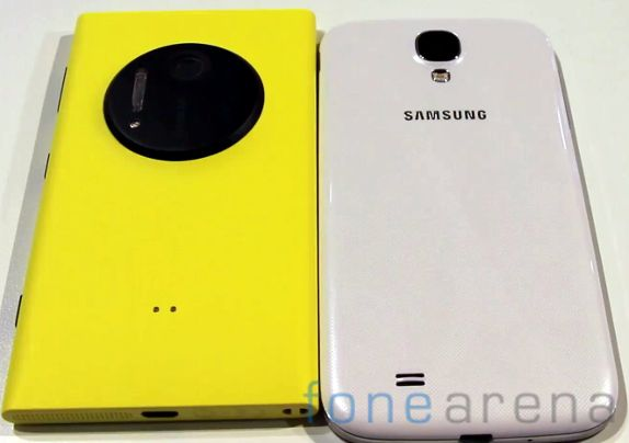Nokia Lumia 1020 vs Samsung Galaxy S4-3