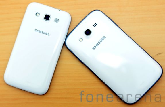 Samsung Galaxy Grand Quattro vs Galaxy Grand Duos-15