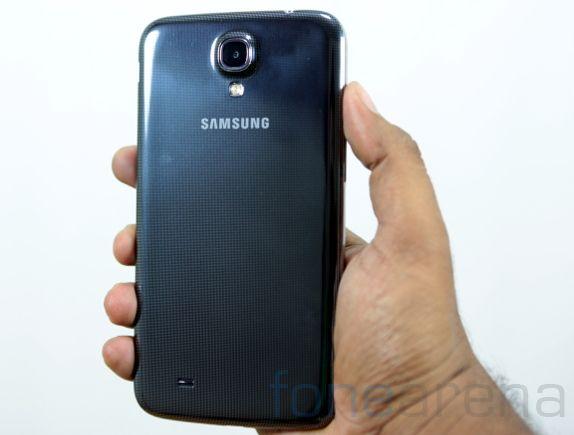Samsung Galaxy Mega 6.3 Unboxing-3