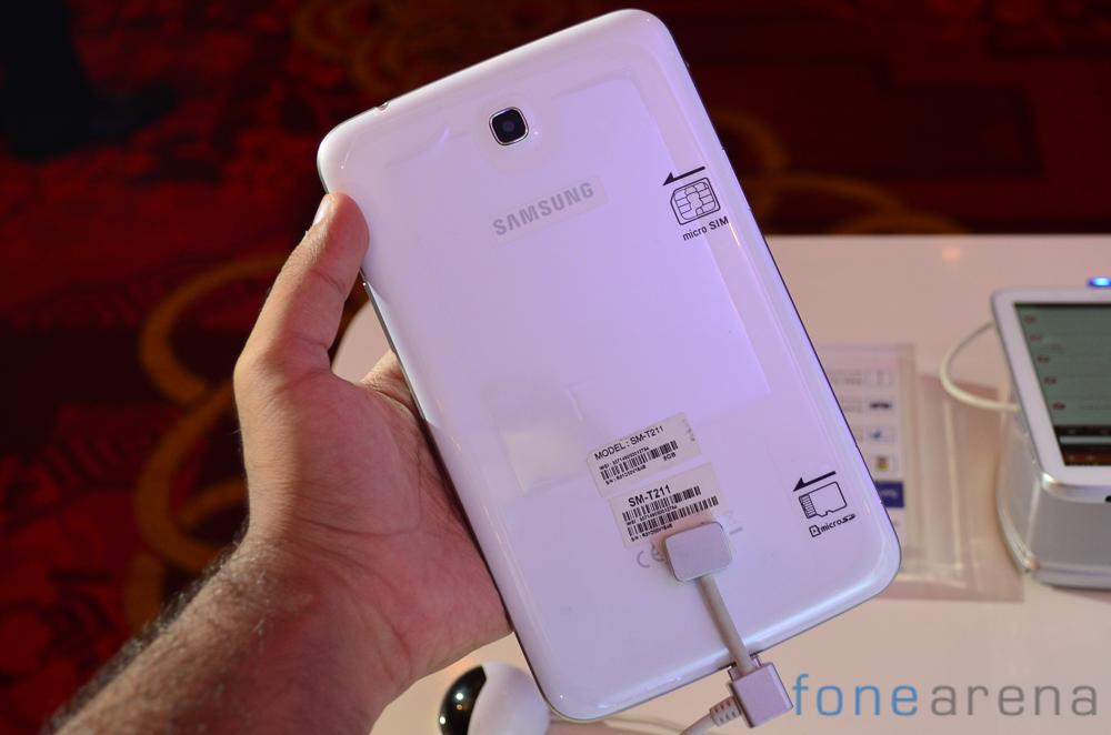 Samsung-Tab-3-211-3
