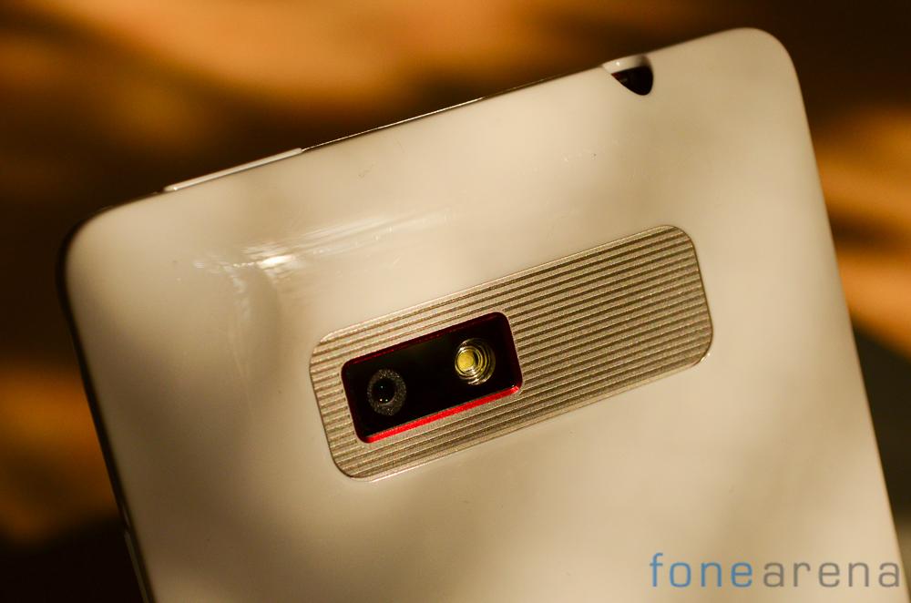 HTC-Desire-600-5