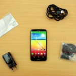 LG-G2-Unboxing-9