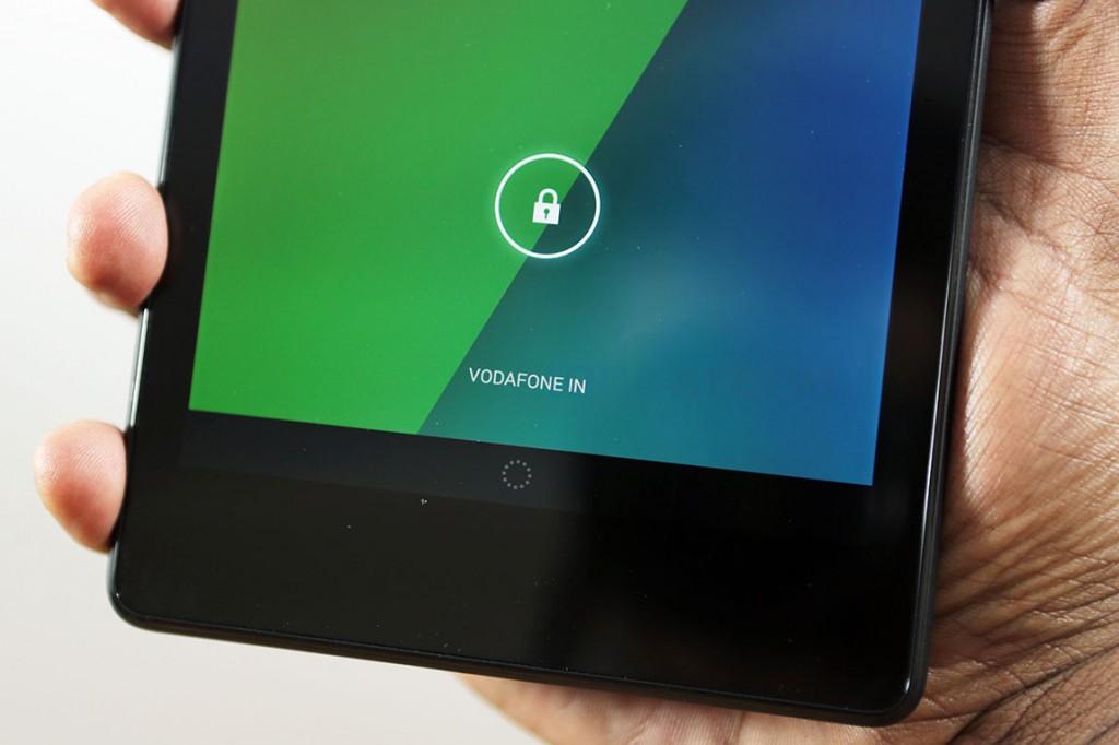 Nexus-7-2013-LTE-unboxing-3