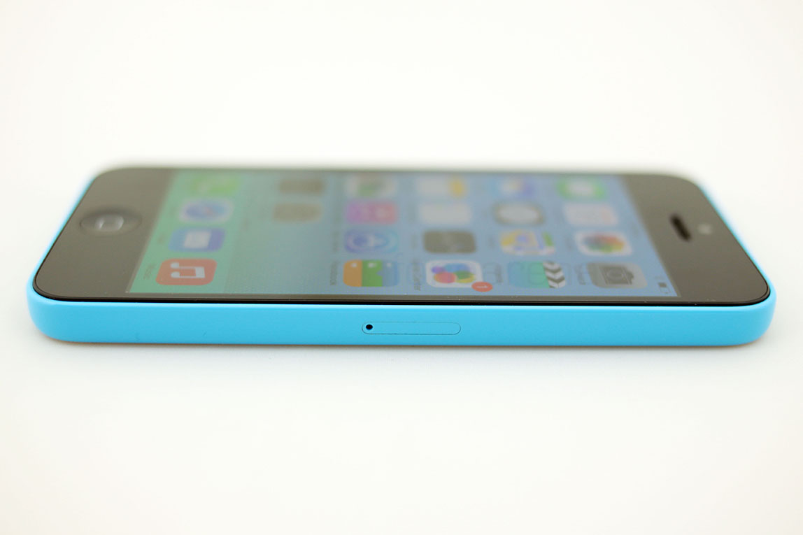 Apple Iphone Gallery Apple-iphone-5c-photos-gallery
