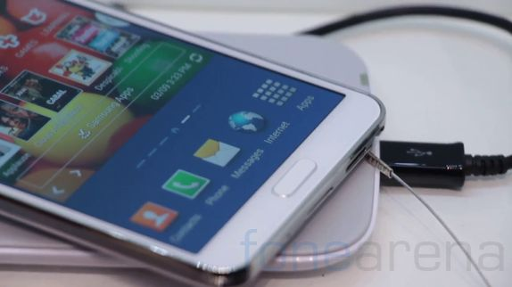 galaxy-note-3-accessories-hands-on-1