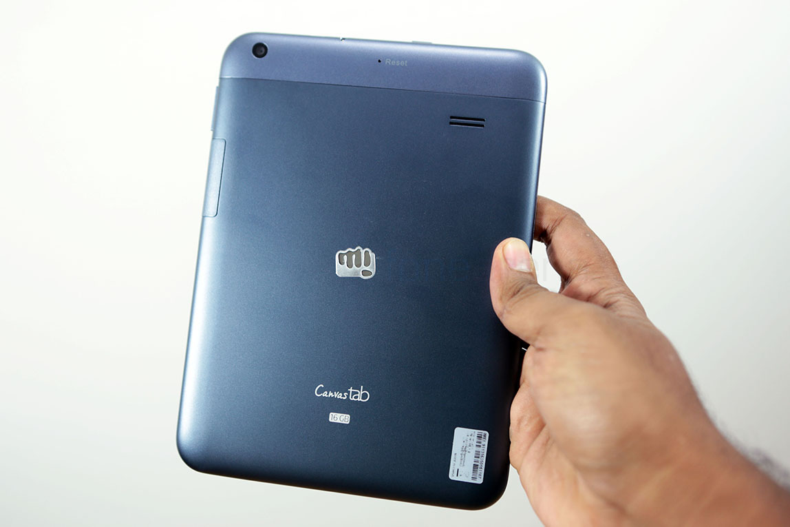 micromax-canvas-tab-p650-unboxing-2