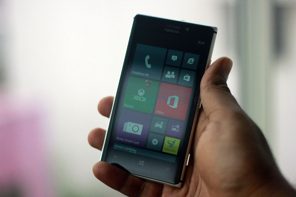 nokia-lumia-925-review-1
