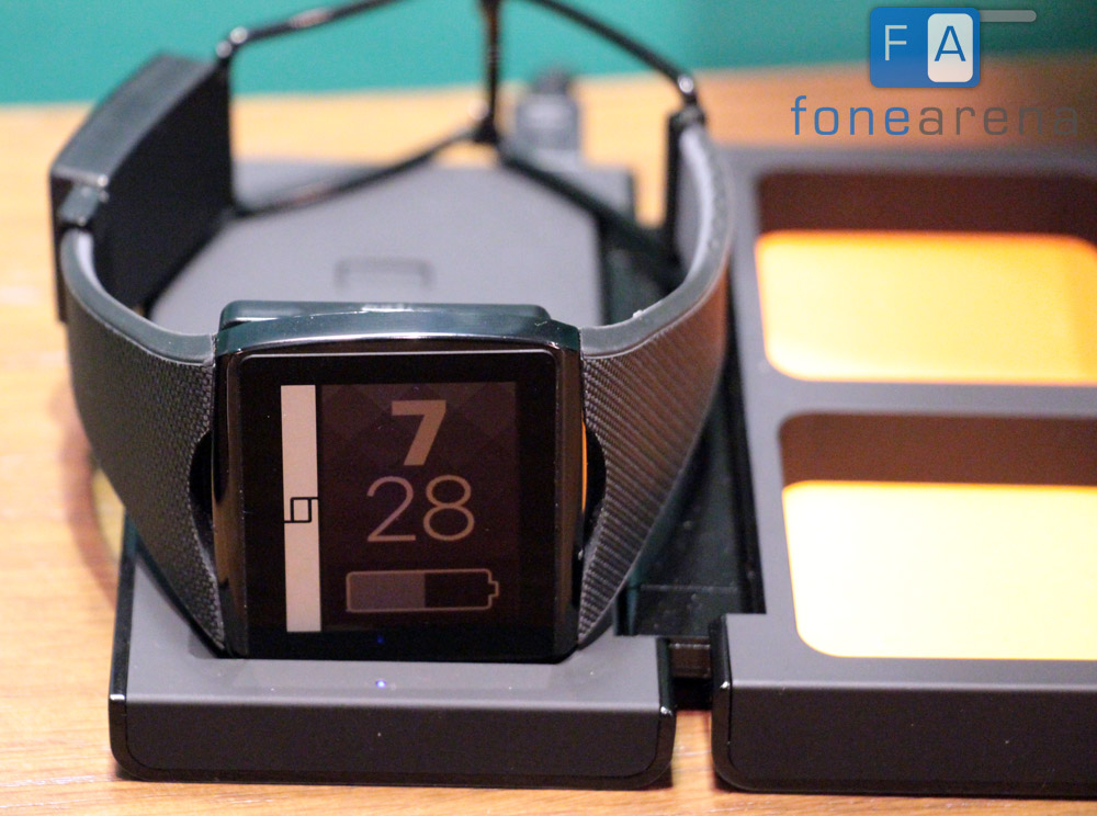 Qualcomm Toq Smartwatch with Mirasol Display Hands On