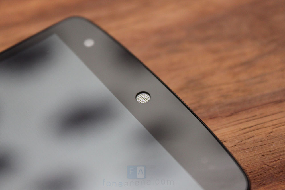 Google-LG-Nexus-5-13