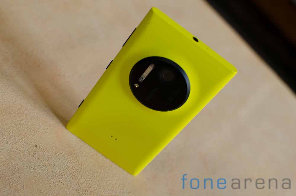 Nokia-Lumia-1020-Review-5
