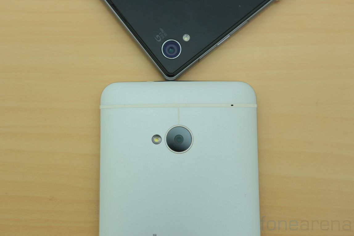 sony-xperia-z1-vs-htc-one-12
