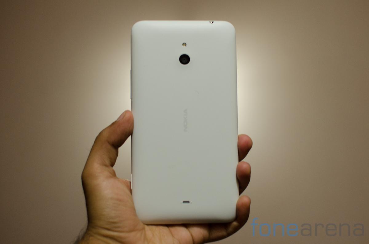 Nokia Lumia 220 Nokia lumia 1320 -1-2