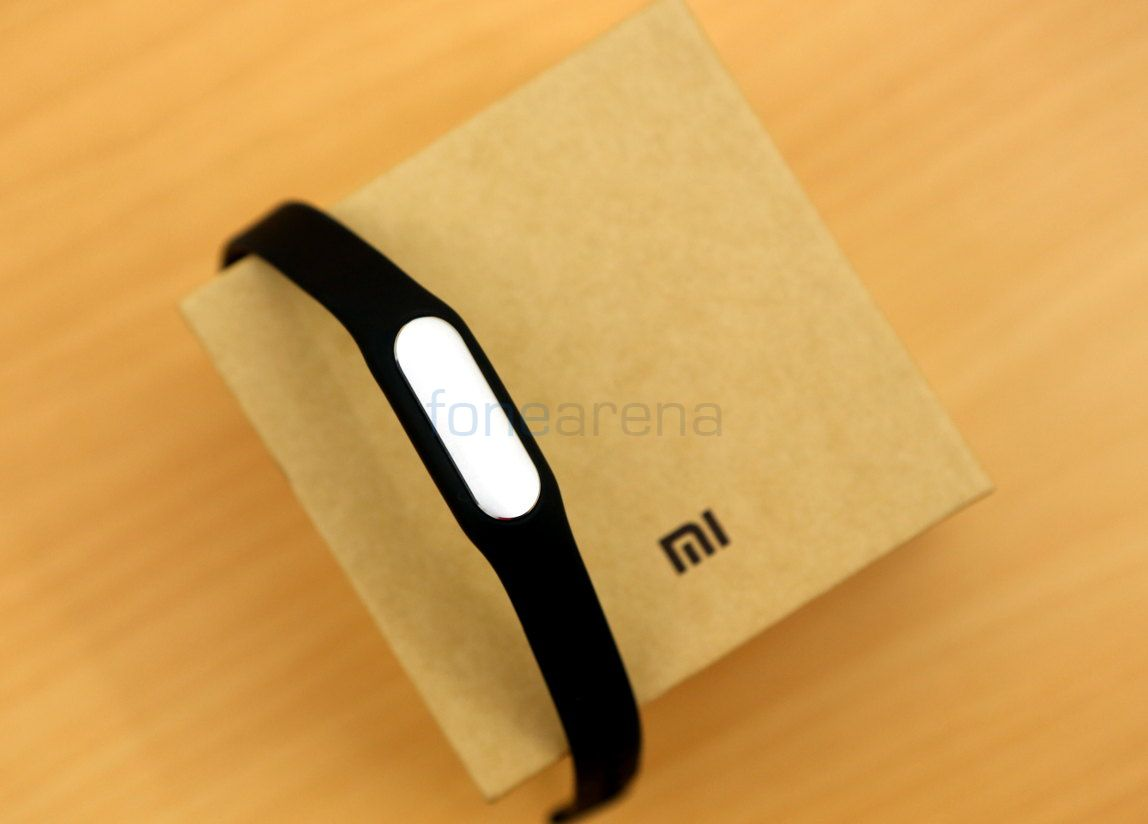 Xiaomi Mi Band Unboxing And First Impressions