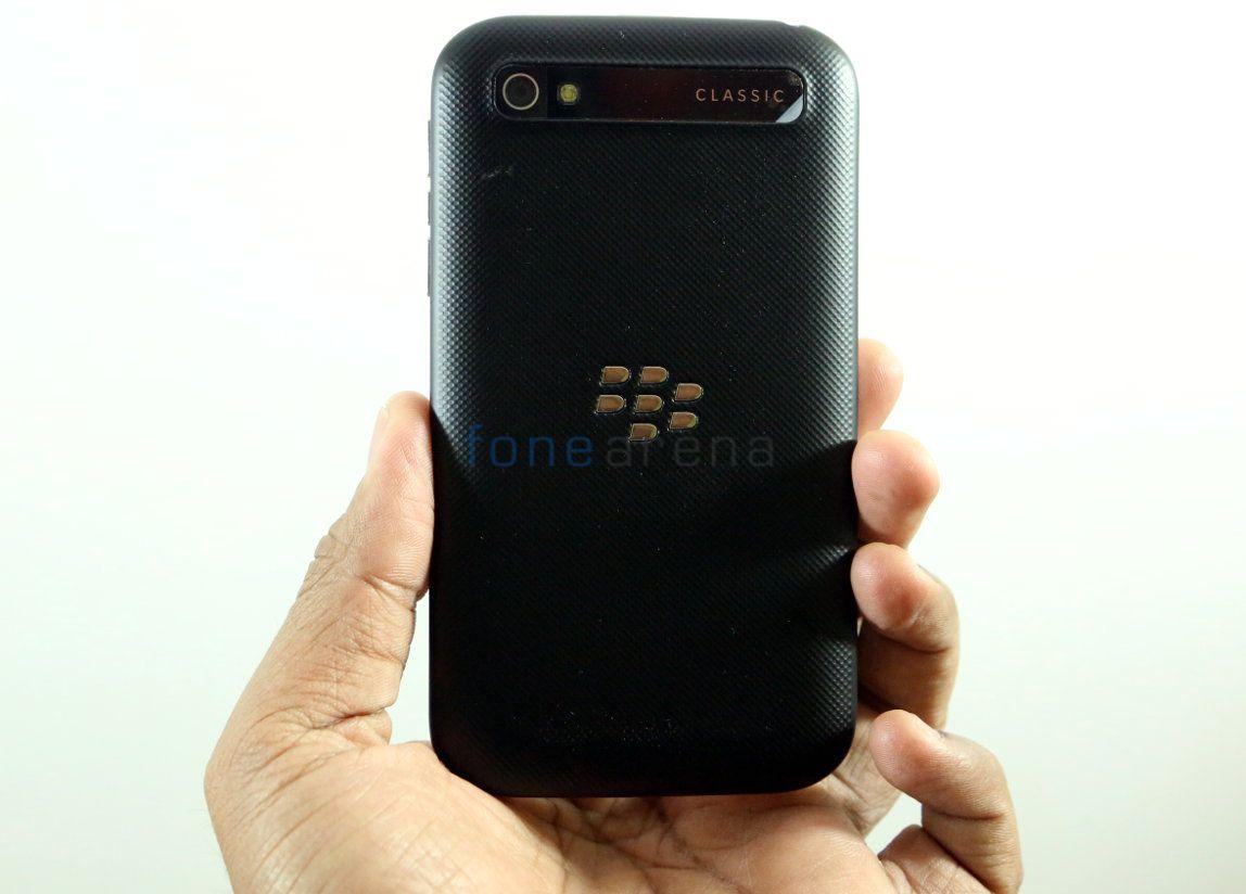 BlackBerry Classic_fonearena-3