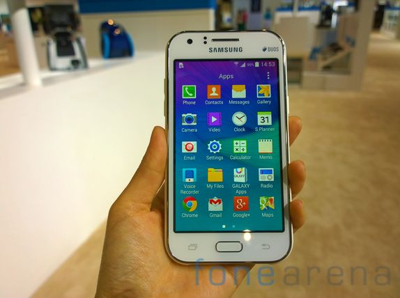 Samsung Galaxy J1 ACE With Super AMOLED Display Expected