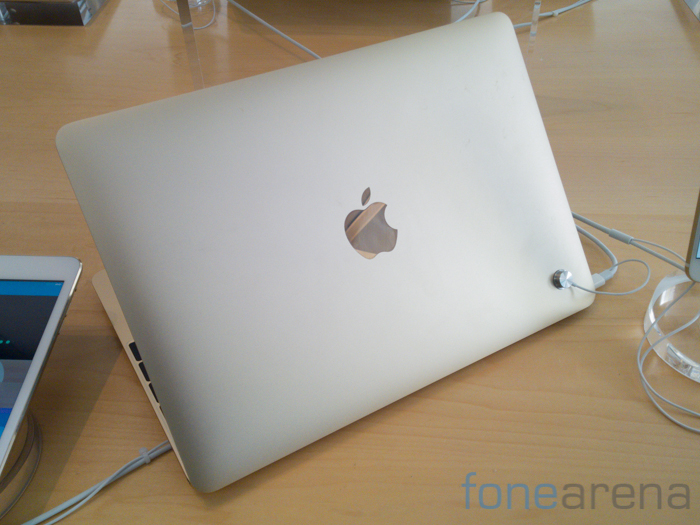 Apple Macbook 2015-3