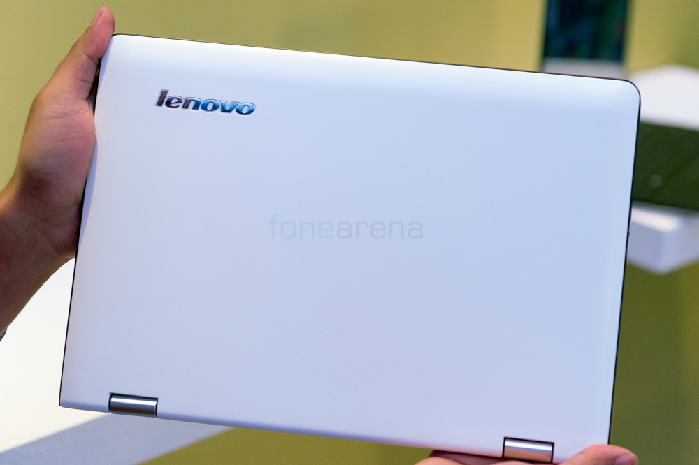 Lenovo Yoga 300 Hands On And Photo Gallery