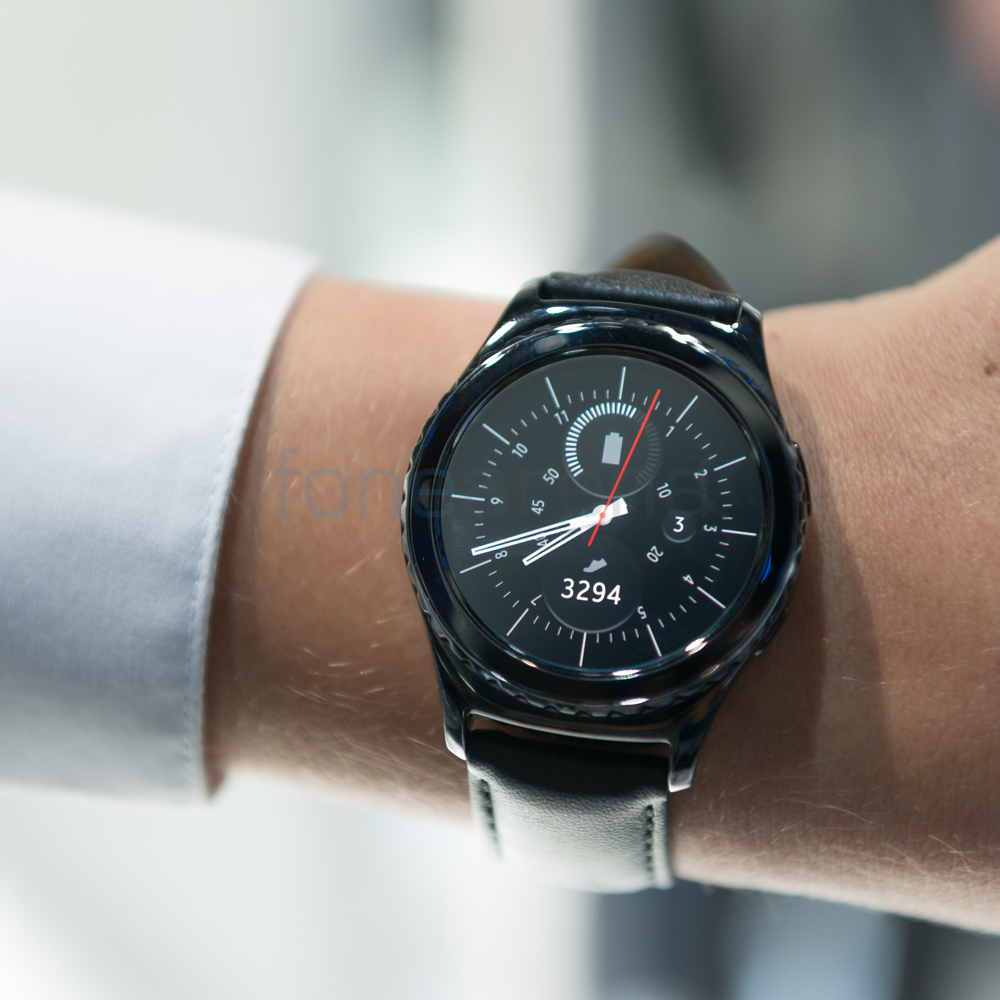 Samsung Gear S2 and S2 Classic go on sale in the US on Oct 2 for ...