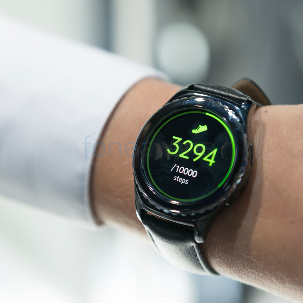 samsung gear s2 classic photo gallery. Black Bedroom Furniture Sets. Home Design Ideas