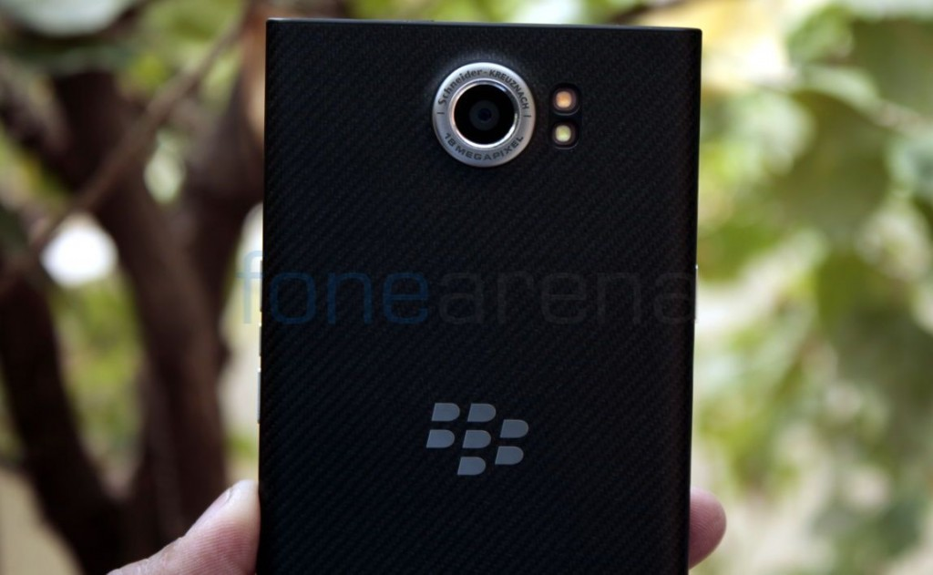 BlackBerry reports $238M loss in Q4 FY 2016, 600,000 units of Priv sold in the quarter