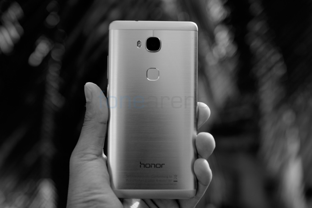 huawei_honor_5x_design_2