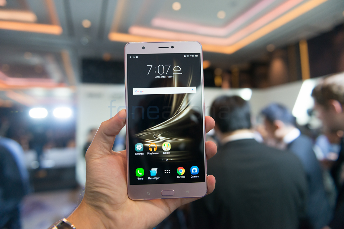 Asus Zenfone 3 Ultra Hands On and Photo Gallery